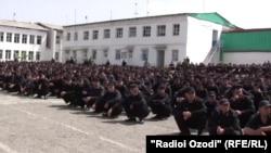 Маҳбусони зиндони рақами яки Душанбе