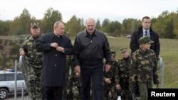 Орусия менен Беларустун президенттери Батыш-2013 машыгуусунда. Гродно, 26-сентябрь, 2013-жыл.