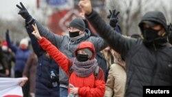 Як прайшоў у новым фармаце нядзельны марш у Менску. ФОТА