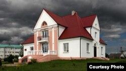 Валожын, у былым доме старасты 1920-х гадоў цяпер знаходзіцца краязнаўчы музей. Фота: Уладзімір Садоўскі