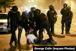 Peste 750 de plângeri penale au fost înregistrate după violențele la care au recurs jandarmii împotriva a peste 100.000 de protestatari