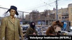 У посольства России в Украине, куда российских избирателей не допускают отдать свои голоса. Киев, 18 марта 2018 года.