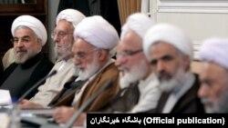 Hassan Rouhani Məqsədəuyğunluq Şurasının iclasında
