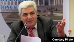 Armenia -- Political analyst Stepan Grigorian.