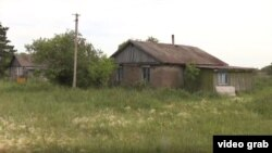 Дома в Прогрессе, владельцы которых покинули село.