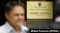 Tabla na Parlamentu FBiH
