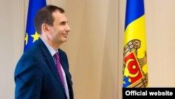 Alain Pilloux, vicepreşedintele BERD în vizită la Chișinău (© www.gov.md)