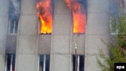 Талас облусунун администрациясы. 2010-жыл, 7-апрель.