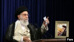 Iran's Supreme Leader Ayatollah Khamenei says the private sector's iPhone imports must stop.
