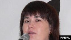 Дума депутаты Виктория Черкесова яшь журналистлар каршында чыгыш ясый.