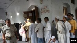 رأیدهندگان هندی روز پنجشنبه منتظر انداختن رأی خود به صندوق هستند.
