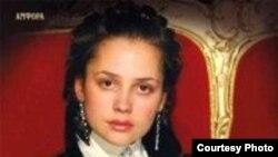 Виктор Мережко недавно выпустил книгу о знаменитой преступнице — Соньке-Золотой Ручке: «История любви и предательства королевы воров»