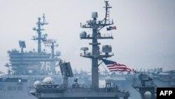 Американський військовий корабель зайшов у Японськього моря