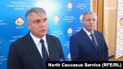 Александр Матовников (слева) и Вячеслав Битаров, 13 июля 2018 года