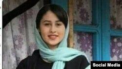 خبر قتل رومینا اشرفی به دست پدرش، رضا اشرفی، روز سهشنبه بازتاب گستردهای در رسانهها و شبکههای اجتماعی فارسی زبان داشت.
