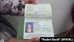 Ўзбекистонга Тожикистондан келган кўплаб ўзбеклар паспорт олиш орзусида яшашади