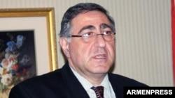 Постпред Армении в ОБСЕ, посол Арман Киракосян (архив)