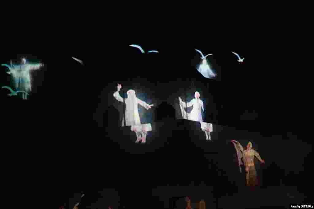 Кара Пулатта яндырылган Болгар кызларының рухлары һәм Кара Пулат өстендәге акчарлаклар