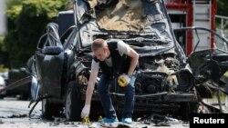 На месте взрыва автомобиля в Киеве.
