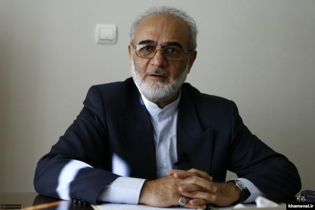 ایروانی در دولت دوم میرحسین موسوی وزیر اقتصاد بود