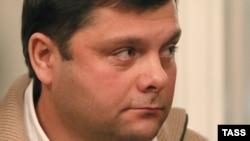 Предприниматель Петр Офицеров, обвиняемый по делу «Кировлеса» вместе с оппозиционером Алексеем Навальным, на заседании в Верховном суде. 16 ноября 2016 года.