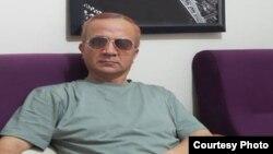 O'zbek jurnalisti Narzulla Oxunjonov