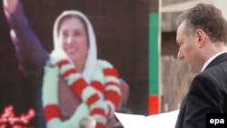 Bhuttonu ictimaiyyətlə görüş vaxtı öldürüblər