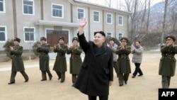 Lideri i ri i Koresë Veriore Kim Jong-Un