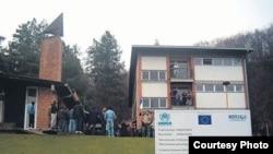 Centar za azilante u Banji Koviljači, foto: www.pressonline.rs