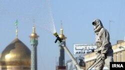 Дезинфекція в місті Кум, Іран