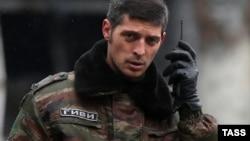 """""""Гиви"""" в аэропорту Донецка, 4 мая 2015 года"""