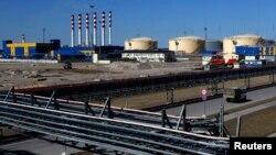 Нефтеналивной терминал в Усть-Луге