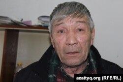 Мирполат Кәрімов, Ақмырзабай мазаратының көр қазушысы. Шымкент, 14 ақпан 2017 жыл.