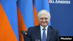 Armenia - RA Minister of Foreign Affairs Edward Nalbandian and Minister of Foreign and European Affairs of Luxemburg Jean Asselborn at a joint press conference in Yerevan. 27March,2018