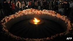 Jerevan- Ceremonia e përkujtimit të armenëve të vrarë (Foto Arkiv)