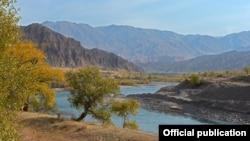 Река Кокомерен в Жайылском районе Чуйской области Кыргызстана. Иллюстративное фото.