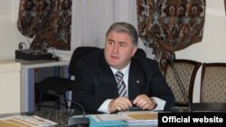 Гоча Дзасохов сообщил участникам общины, что пошел к грузинскому Патриарху по просьбе югоосетинского руководства