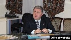 Эксперты считают фигуру Дзасохова в высшей степени сомнительной