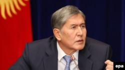Kyrgyzstan -- President Almazbek Atambaev speaks during a news conference in Bishkek, December 16, 2013