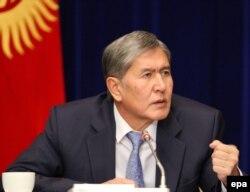 Қырғызстан президенті Алмазбек Атамбаев. Бішкек, 16 желтоқсан 2013 жыл.