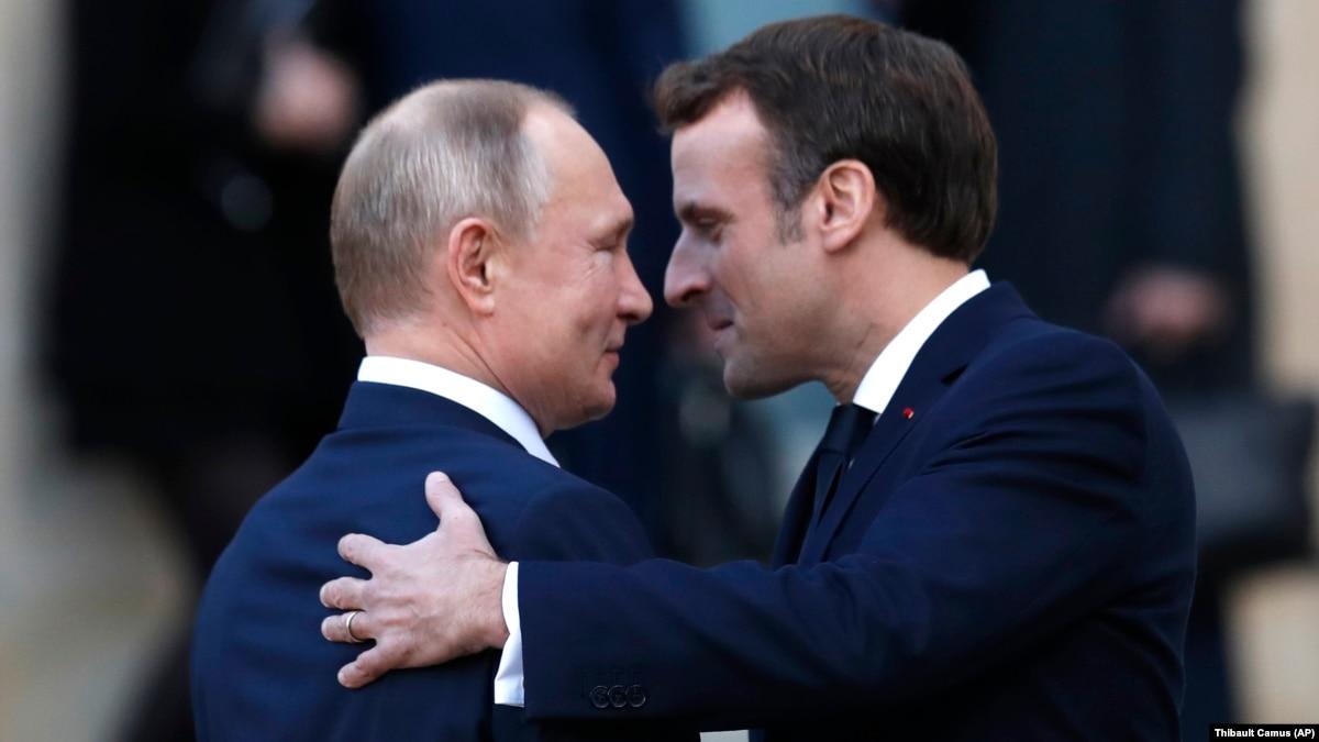«Или мы дружим, или нас развалит Россия». Как меняется отношение президента Франции к Путину?