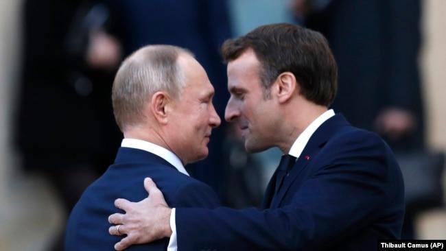 Перезавантаження відносин із Росією можливе після мирної угоди в Україні, пишуть у Financial Times