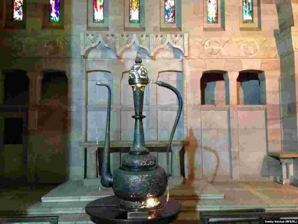 В англиканском храме Хартума теперь музей, а вместо распятия – чайник, подаренный президентом Пакистана