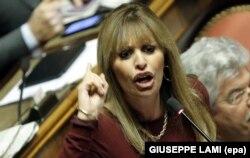 Італійська актриса, консервативний політик Алессандра Муссоліні, внучка фашистського диктатора Італії Беніто Муссоліні