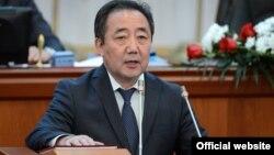 Эмгек жана социалдык өнүктүрүү министри Кудайберген Базарбаев.