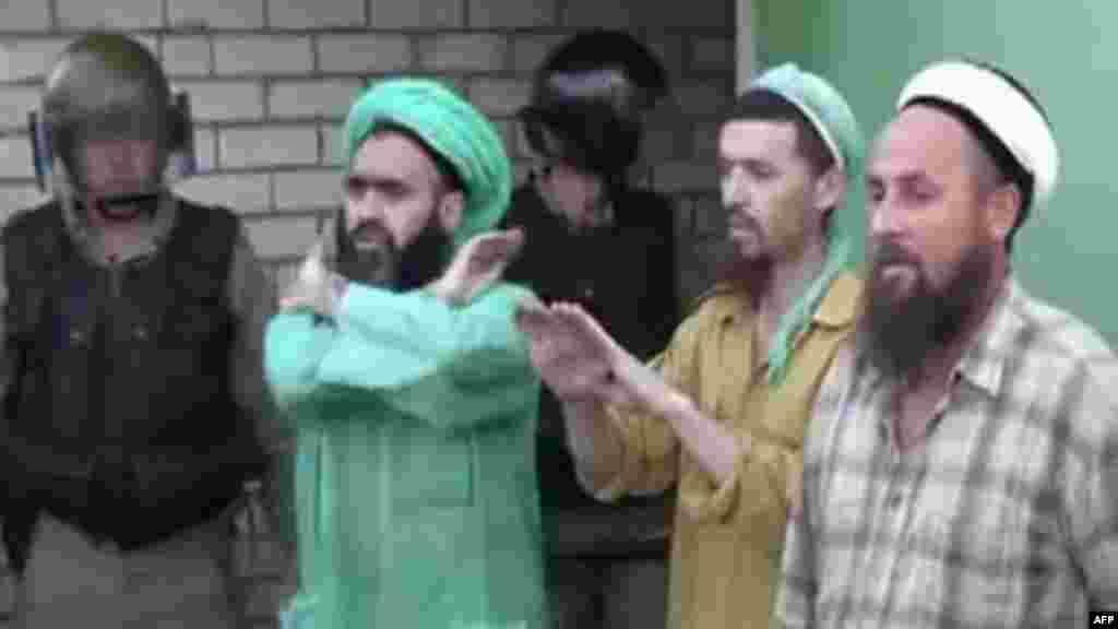 Татарстанда кичинекей балдарды дээрлик он жыл жер астында кармаган исламдык сектага каршы кылмыш иши козголду.