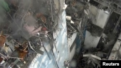 The damage in the interior of reactor No. 4 at the Fukushima Daiichi nuclear power plant.