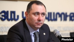 Armenia - Labor and Social Affairs Minister Artur Grigorian at a news conference in Yerevan, 31Jan2012.