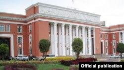 Бинои парлумони Тоҷикистон
