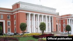 Бинои порлумони Тоҷикистон, Душанбе.